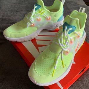 NWT Nike React Presto in Psychedelic Lava